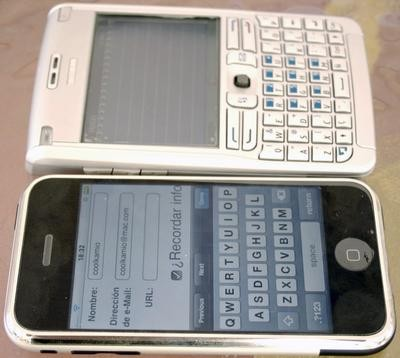 Comparativa-2iphone-blackbe.jpg