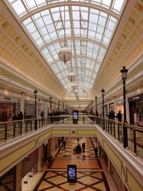 Honda El Centro >> Apple inaugura su nueva tienda en el Centro Comercial Gran ...