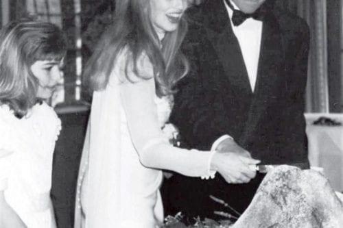 Steve Jobs Laurene Powell boda pastel